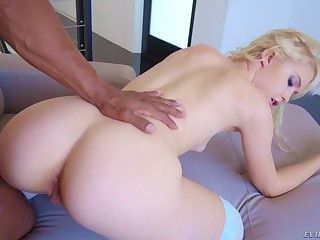 Blonde Chloe Cherry gets her ass and indiscretion gaped by a broad in the beam inky cock