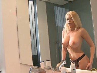 Romanian hottie Donna Bell takes a big dick in her mouth and pussy