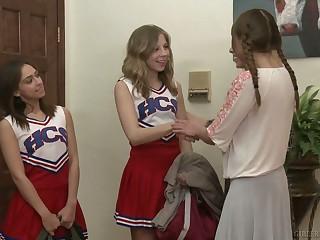 Experienced lesbian Cherie Deville fucks pretty hot young cheerleader