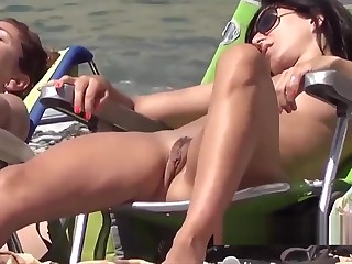 Clean Shaved Pussy Amateur Nudist Milfs Careen Voyeur SpyCam
