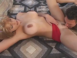 Busty babe enjoys cunnilingus hardcore porn membrane