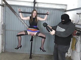 Girl with a big pussy gets Fisted. Heavy pussy on be imparted to murder member spreader
