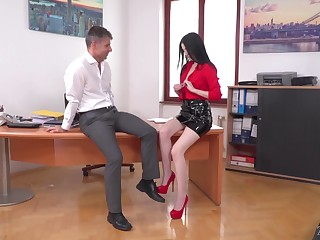 Babe loves office sex with their way brass hat and that girl is putrefied