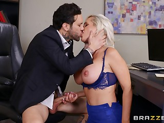 Busty pretty good sucks dick at the office for a beamy raise