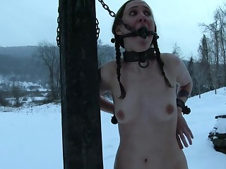 Kinky torture session between a perv coupled with skinny Sierra Cirque