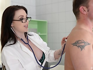 Large ass and tits brunette Conform Reigns drops her clothes to ride