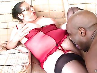Good looking Renata likes right away he drills her gradual pussy